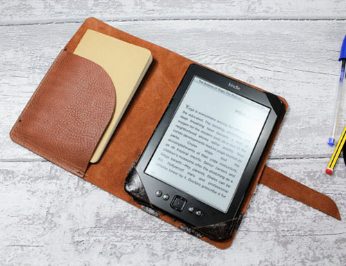 KINDLE PAPERWHITE cover - Kindle cover - chrome tanned italian leather RUSSET colour - kindle case