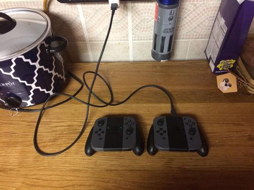 Nintendo Switch - Joy-Con Charging Grip